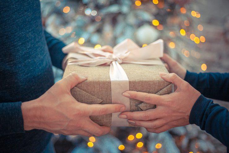 last-minute gift buyers